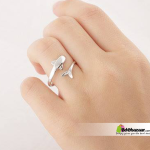 Exclusive Dolphin Design Finger Ring